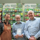 Country Market presents Kindle Fire to competition winner July 2014